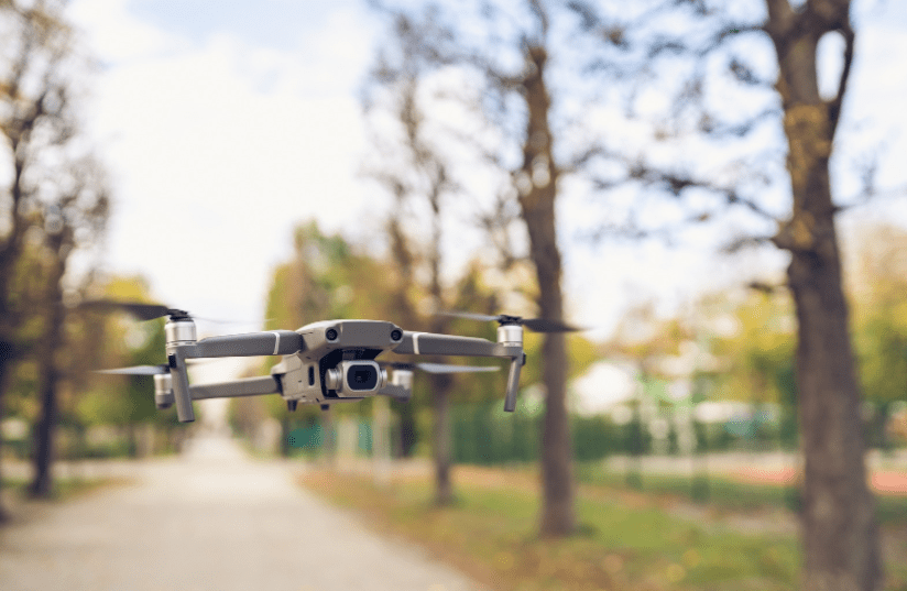 Dron - pomoćnik budućnosti